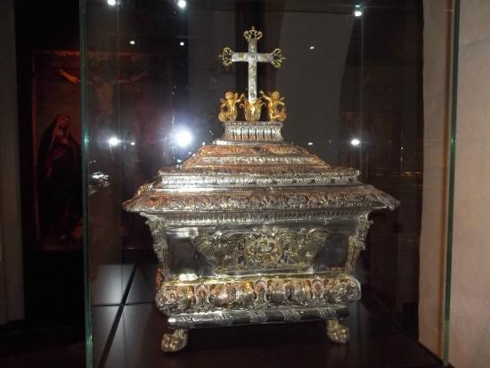Museo Diocesano Chiostro dei Canonici di San Lorenzo : un reperto