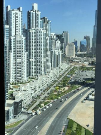 The Oberoi, Dubai: 21th floor the view its amazing and every thing is perfect no noise very nice privacy good for t