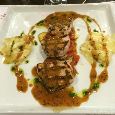 Perreux, France : Gorgeously tender pork filet