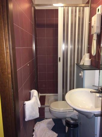 hotel alpi resort bagno della camera 221 senza bidet