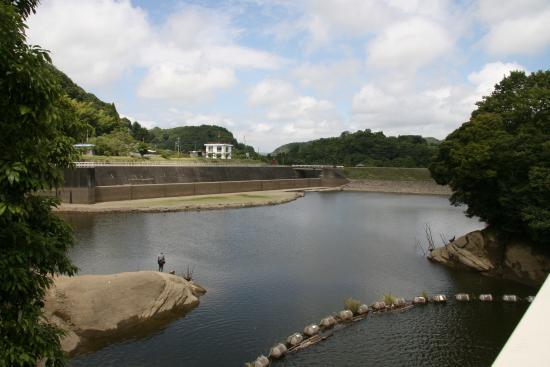 Tozuhara Dam