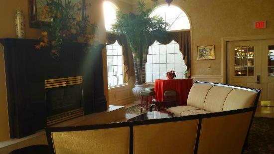 The Inn At Glen Sanders Mansion: lobby
