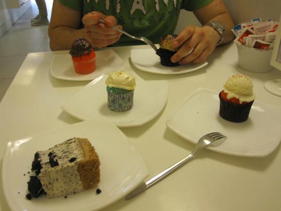 Sweety Rome Caffe': Cupcake vari e cheesecake