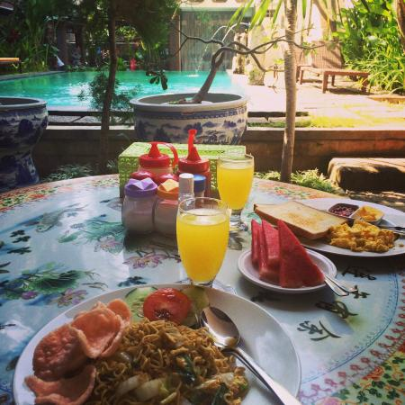 Bali Sorgawi Hotel: Breakfast :)