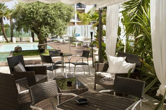 B&B Hotel Savona: Piscina Hotel