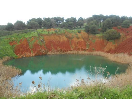 Monteroni di Lecce, إيطاليا: Cava di Bauxite