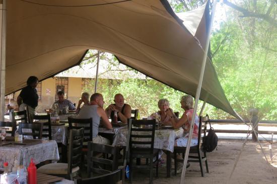 Skukuza Rest C& Boskombuis & Boskombuis - Picture of Skukuza Rest Camp Kruger National Park ...