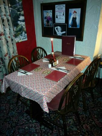 Delabole, UK: Restaurant at the bettle and chisel