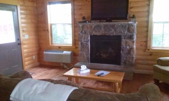Sugar Maple Cabin Family Room The Door Leads To The
