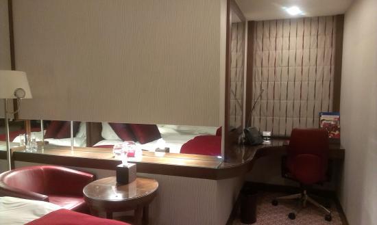 Crowne Plaza Riyadh Minhal : Room
