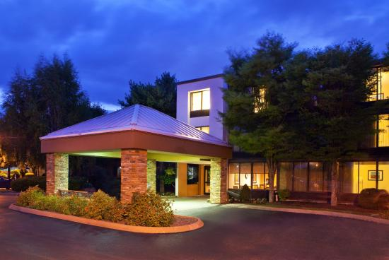 Fairfield Inn Bangor: Hotel Exterior