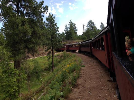 Best Western Golden Spike Inn & Suites : Train from Hill City to Keystone