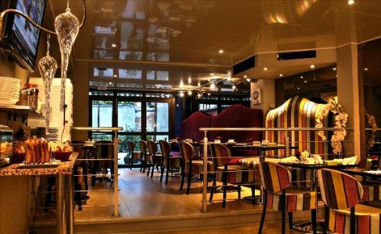 Hôtel Le Relais Saint Jean : Breakfast room