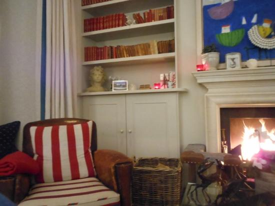 The Idle Rocks: lounge