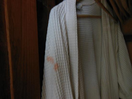 Tan Kang Angkor Hotel: dressing gowns