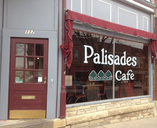 Palisades Cafe: Entrance