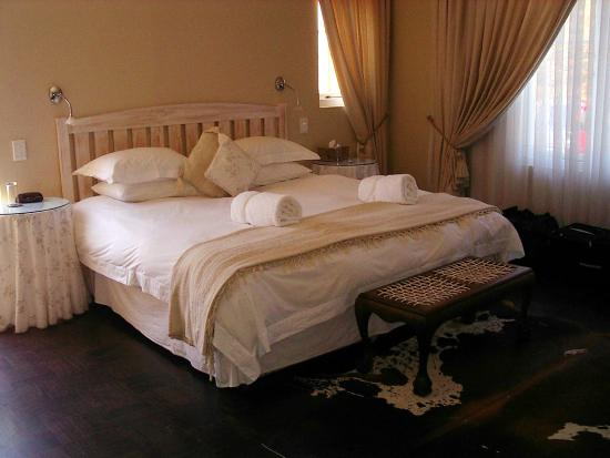 Pat's Place B&B: Honeymoon suite very comfortable