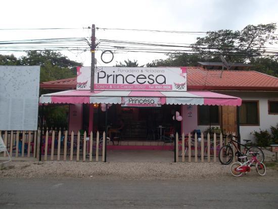 Panaderia & Heladeria Princesa Bakery & Ice Cream Parlor: Our New Location 65 Meter West of Banco Nacional & Pali