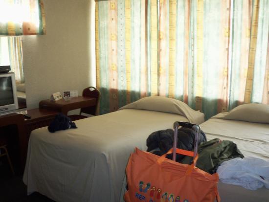 Hotel Sol De Oriente Internacional: camas