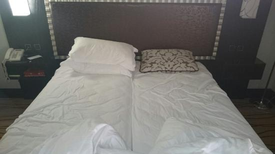 King size Double bed!!!!