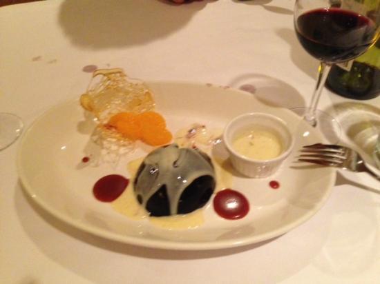 Au Midi Restaurant & Bistrot: Dessert was fabulous.