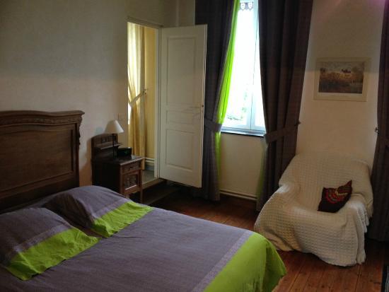Origny-en-Thierache, France: La chambre que mes parents ont choisi
