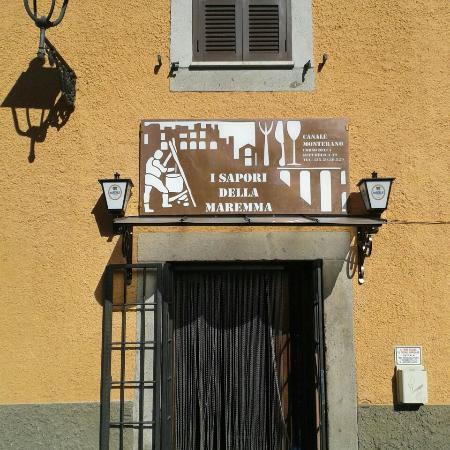 Canale Monterano, Italy: Dall'esterno