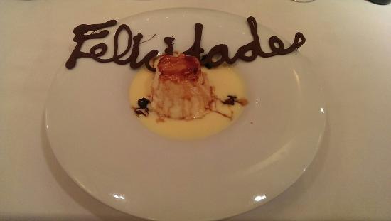 El Cenador del Azul SL.: Natillas, para cumpleaños. Gracias
