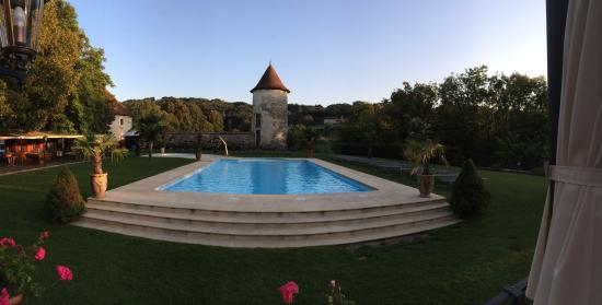 Chateau Chapeau Cornu : Piscine