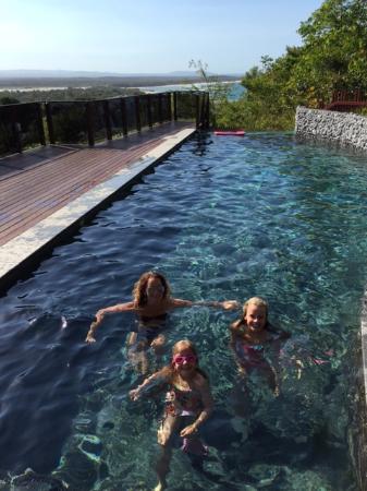 Peppers Noosa Resort and Villas: top pool is excellent