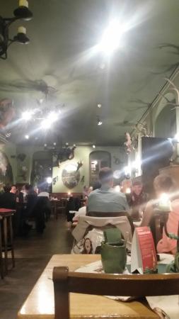 Zum Schiesshaus: FreiscButzstube(salão de refeições)