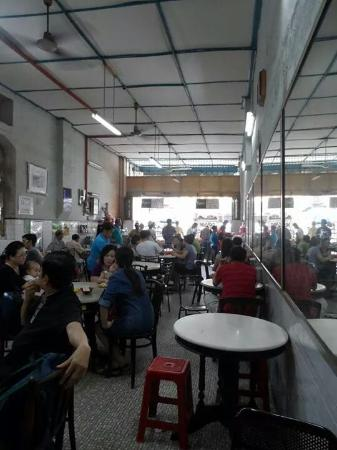 Thean Chun: The place filled up fast at lunchtime..