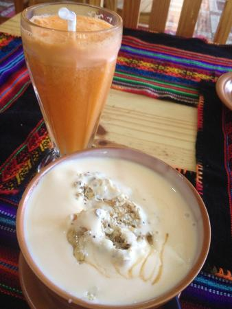 El Condor & The Eagle Cafe : With some homemade carrot juice.