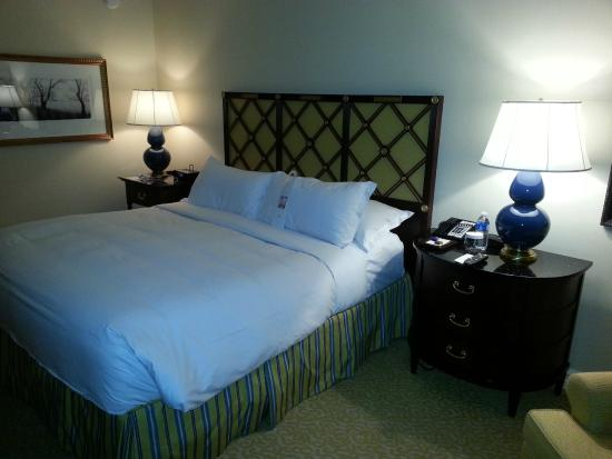 The Ritz-Carlton, Pentagon City: Comfortable Bedding