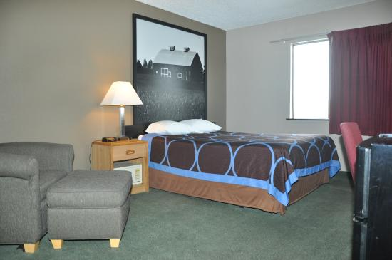 Super 8 Boise : Non Smoking One Queen Bed