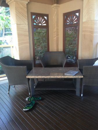 Quay West Suites Brisbane: Shady spot - pool area