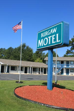 Burgaw Motel: Front of motel