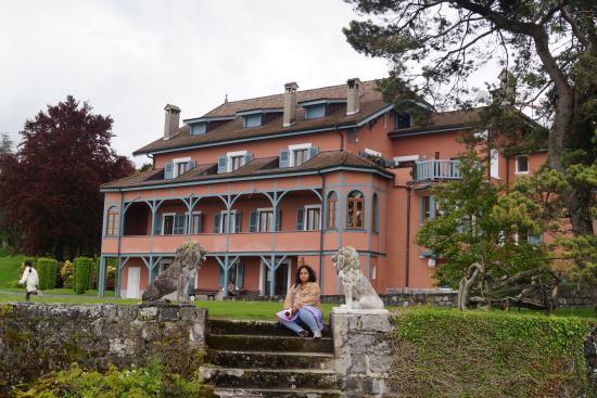Les jardins de l'eau du Pré Curieux : Pre Curieux building