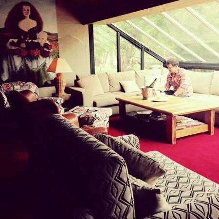 Crackenback Farm Restaurant & Guesthouse: Guest lounge