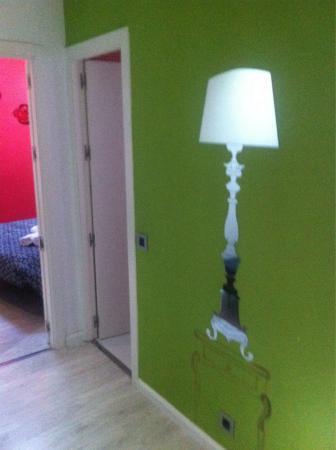 Hostal Foster : Salone/ingresso appartamento 4 piano