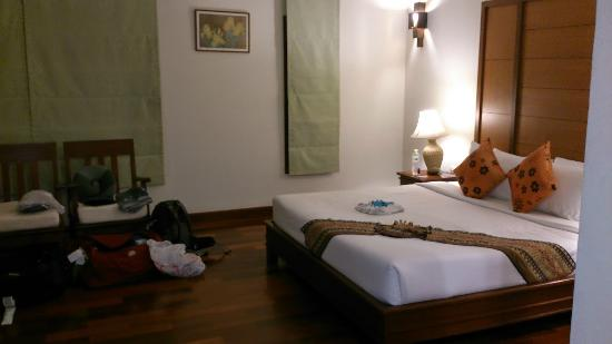 Teak Garden Spa Resort: Chambre