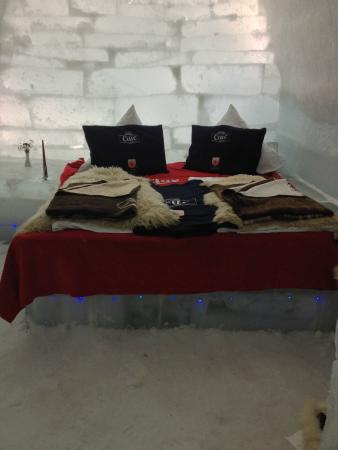 Ice Hotel Romania: Our room for the night