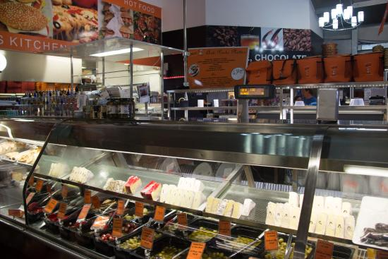 Hunter Valley Smelly Cheese Shop - Hall of Food: Smelly cheese shop