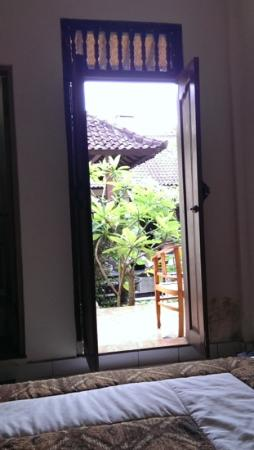 The Unique Homestay : view out bedroom