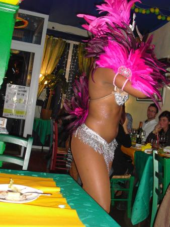 Chiquita Bacana : superbe danse brésilienne