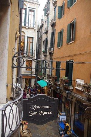 Albergo San Marco : hotel - CAlle Fabri