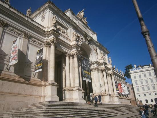 Palazzo delle Esposizioni : Вид