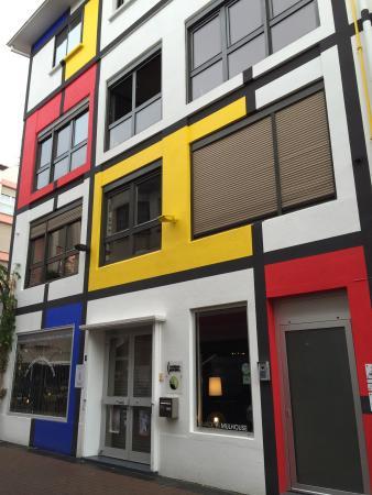 Unser Frühstückstisch - Picture of Maison Mondrian ...