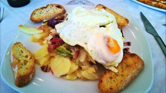 Restaurante El Cortijo Pizzeria y Braseria: Huevos a la cortijana