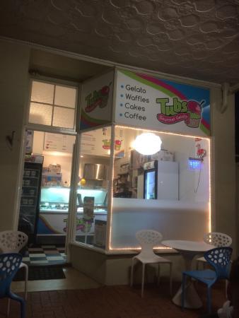 Tubs Gourmet Gelato: Yummy gelato at Tubs